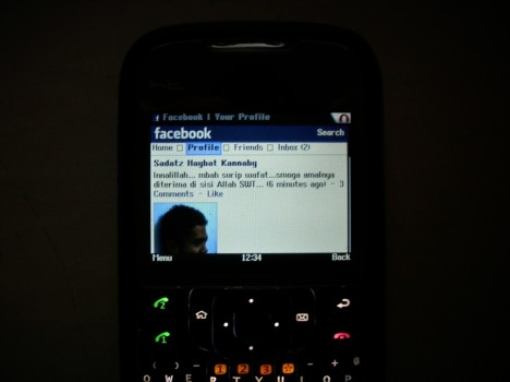 Facebook Opera mini 4.2 di HT G30